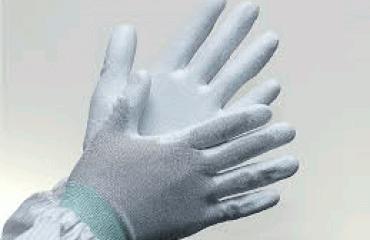 Những công dụng mà găng tay cao su phòng sạch mang lại