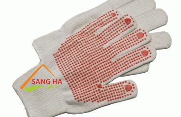 Ứng dụng găng tay len phủ hạt nhựa trong đời sống